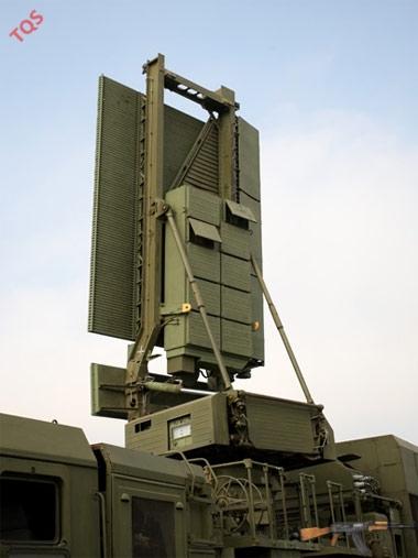 Xe đài nhìn vòng mọi độ cao 96L6EV ở chế độ sẵn sàng chiến đấu. Ảnh: Tiền Phong.