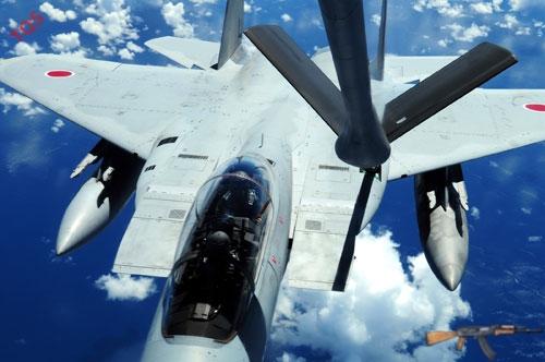 Chiến đấu cơ F-15 Nhật Bản ngày càng được điều động nhiều hơn để đối phó với máy bay Trung Quốc xâm nhập không phận Senkaku