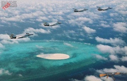 Chiến đấu cơ F-15 của Nhật Bản xuất kích để chặn các máy bay Trung Quốc