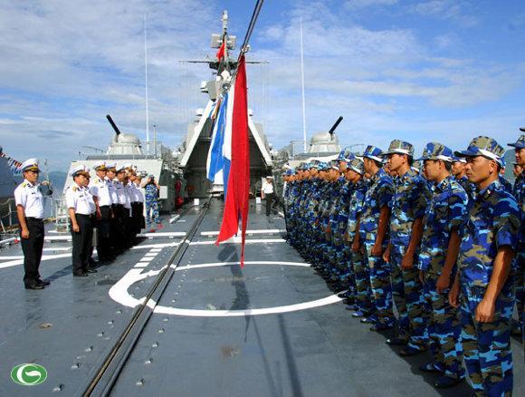 Hải quân nhân dân Việt Nam luôn sẵn sàng bảo vệ Chủ quyền biển đảo, không đe dọa sử dụng vũ lực với bất cứ nước nào, được sự ủng hộ của cộng đồng quốc tế.