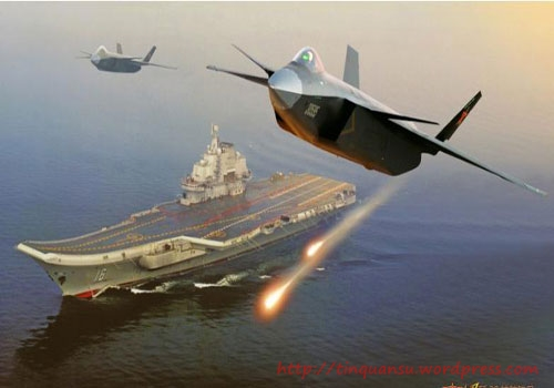 Máy bay chiến đấu J-20 hộ tống cho tàu sân bay Liêu Ninh (dân mạng Trung Quốc tưởng tượng)