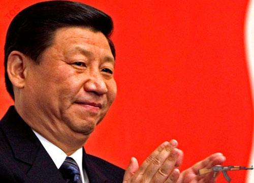 Ông Tập Cận Bình – Tổng bí thư kiêm Chủ tịch Quân ủy trung ương đảng CSTQ khóa 18 (ảnh: Guardian.co.uk)