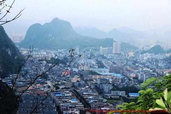 Thị xã Bằng Tường thuộc tỉnh Quảng Tây, Trung Quốc, giáp tỉnh Lạng Sơn của Việt Nam