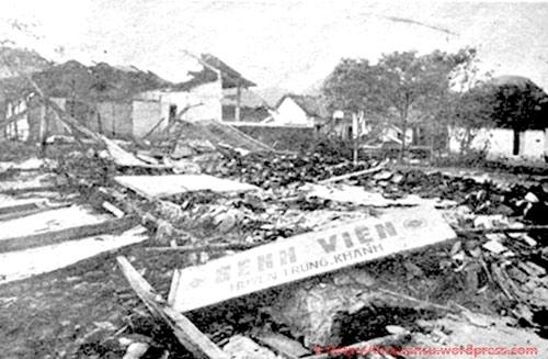 Bệnh viện huyện Trùng Khánh, Cao Bằng bị quân Trung Quốc tàn phá tháng 2.1979 - Ảnh: Tư liệu