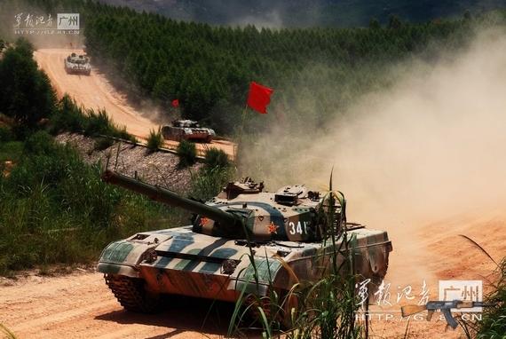 Trung Quốc tăng cường tập trận