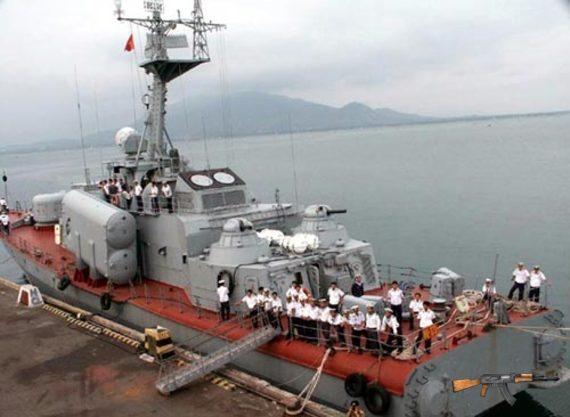 Chốt chặn cuối cùng AK-630 trang bị trên tàu tên lửa cao tốc lớp Tarantul của Hải quân Việt Nam.