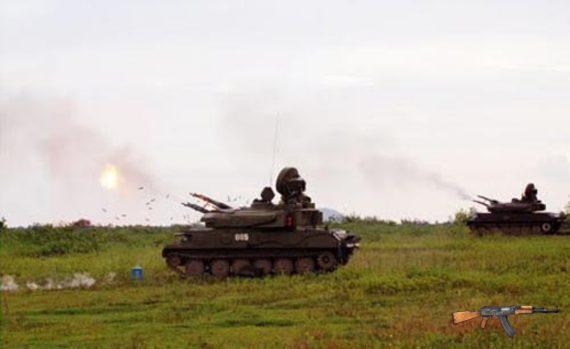 Pháo phòng không tự hành ZSU-23-4 của Việt Nam khai hỏa tiêu diệt mục tiêu.